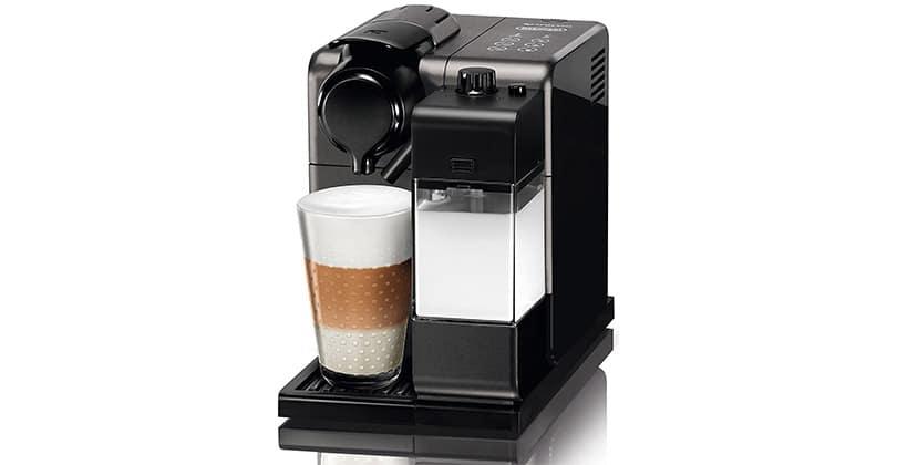 Delonghi Nespresso Lattissima Touch con su emulsionante de leche